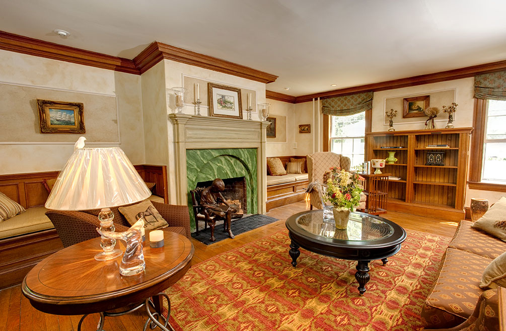 New England Living Showhouse, Juniper Hill Inn, Rose Ann Humphrey
