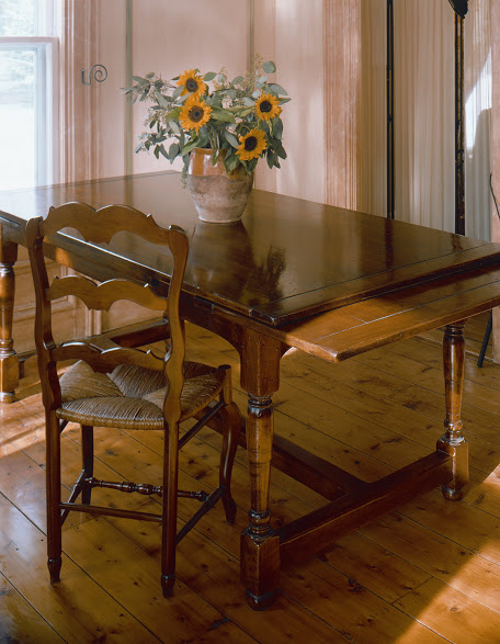 Home Life Pictures -table